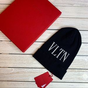 VALINTINO black beanie VLTN